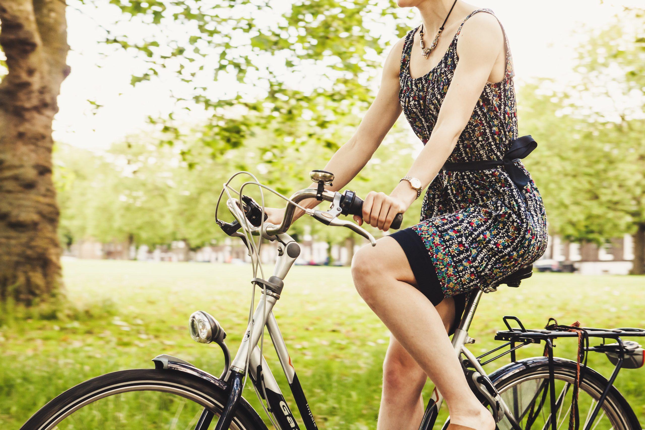 fietsen in de zon